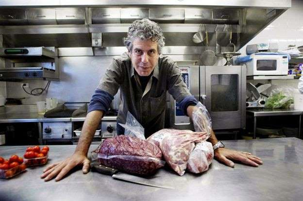 Đầu bếp nổi tiếng người Mỹ Anthony Bourdain được tìm thấy tự tử tại khách sạn - 216
