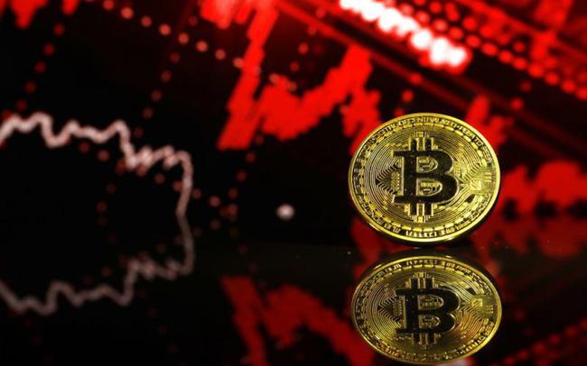 Bitcoin thủng 5.000 USD, cơn ác mộng chưa có hồi kết?