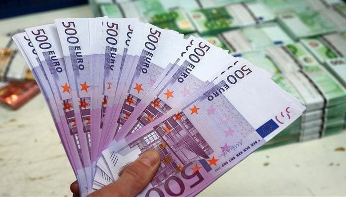 Tỷ giá Euro hôm nay 234 Biến động trái chiều tại ngân hàng và chợ đen