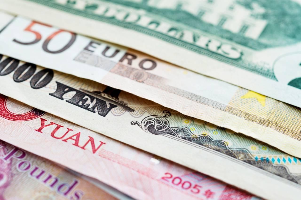 Điểm tin thị trường tài chính ngày 155 Cả USD và vàng đều có hiệu suất vượt trội hôm nay