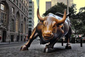 Áp lực bán của USD tăng lên!? Những chú bò vàng trở lại