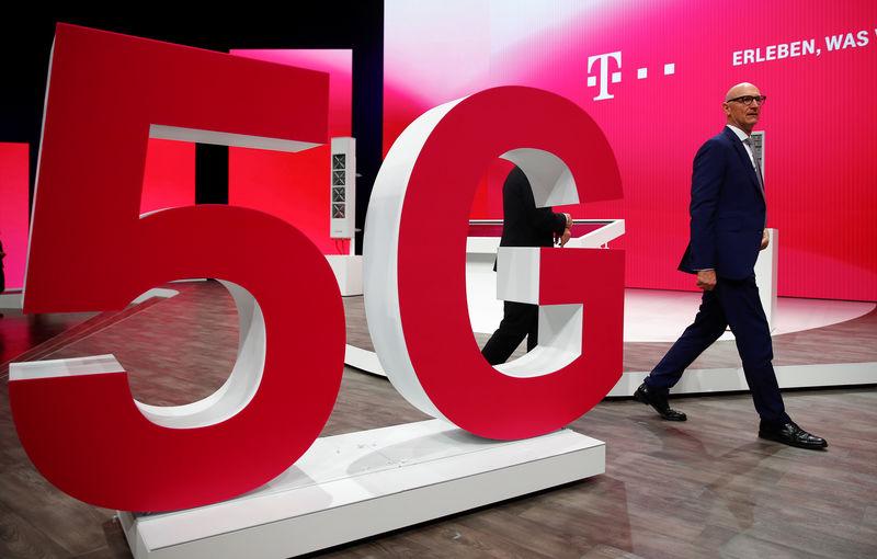 Bulgaria ký tuyên bố bảo mật 5G với Mỹ