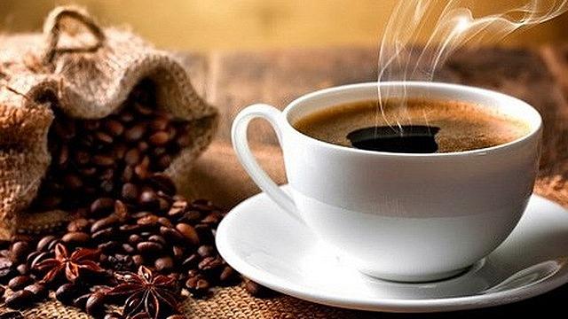 Ai nghiện cafe cẩn thận, uống nhiều cafe tăng nguy cơ loãng xương đấy