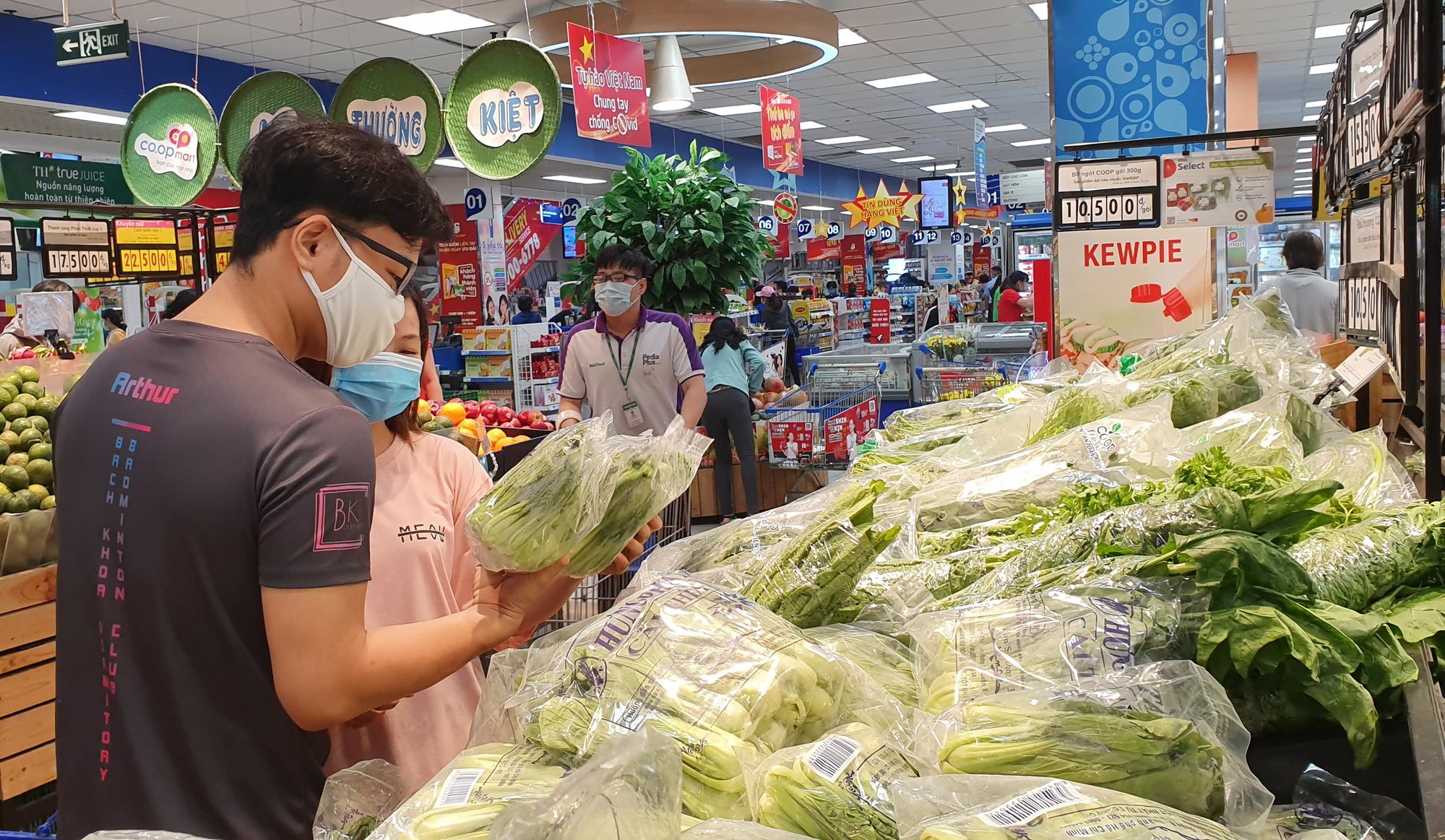 Hệ thống siêu thị Co.opmart giảm giá các mặt hàng 'giải nhiệt' - VnExpress  Kinh doanh
