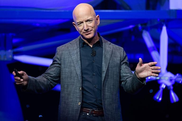 Jeff Bezos sẽ trở thành phiên bản Tần Thuỷ Hoàng 2.0?