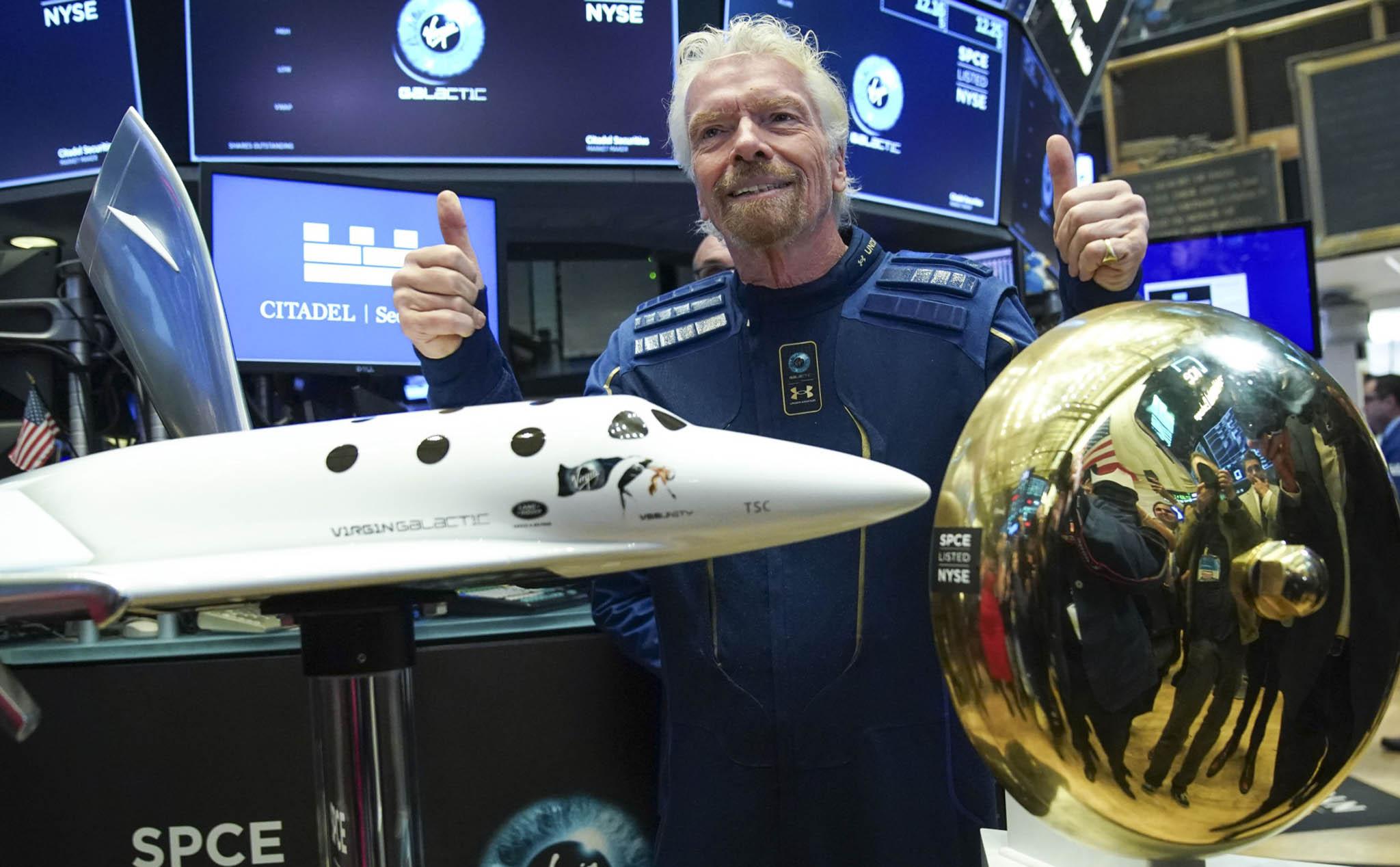 Virgin Galactic bay thử tàu vũ trụ phục vụ du lịch, đã có 600 người đặt cọc  vé bay ngoài không gian | Tinh tế