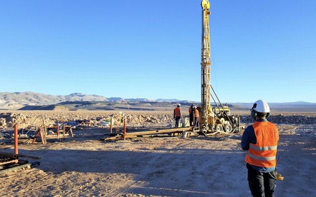 Lake Resources closer to 'revolutionising' lithium chemical industry with  'disruptive' technology
