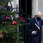 """Thủ tướng Anh """"nuốt lời hứa"""" không tăng thuế để tăng an sinh xã hội trong đại dịch"""