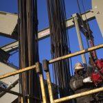 Dầu phiên Mỹ tăng giá; OPEC tăng dự báo nhu cầu năm 2022