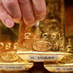 Giá vàng phiên Mỹ tiếp tục giảm, xuống dưới ngưỡng 1.800 USD