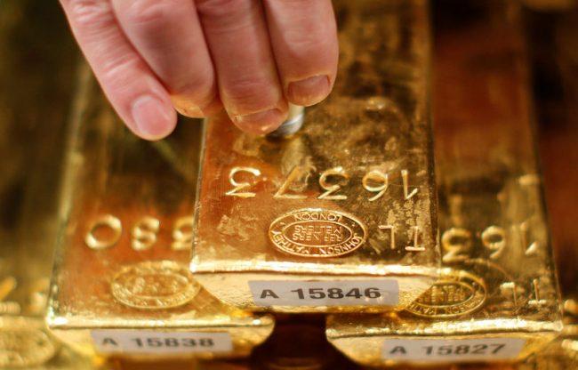 Giá vàng thế giới hôm nay (30/9) củng cố khi đồng USD tăng
