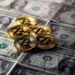 Bitcoin giao dịch trong sắc đỏ, giảm 10%