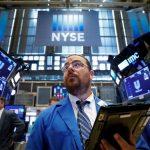 Lo ngại về Fed và Evergrande dịu bớt, Chứng khoán tiếp tục tăng,  Khí đốt tự nhiên – Chuyện thị trường ngày 23/9