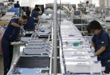 Xuất khẩu của Nhật giảm, tăng nguy cơ kéo dài suy thoái kinh tế
