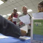 Mỹ: Số đơn đề nghị hưởng bảo hiểm thất nghiệp thấp hơn dự đoán