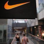Nike báo cáo doanh thu thấp hơn kì vọng trong quý 1 khi chuỗi cung ứng bị gián đoạn