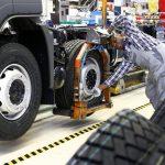 Sự thiếu hụt chip dự kiến sẽ làm sụt giảm 210 tỷ USD doanh thu của ngành ô tô