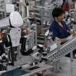 Hoạt động sản xuất của Nhật Bản giảm nhanh nhất kể từ 2009, đơn hàng mới sụt giảm