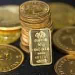 Vàng tăng giá khi đồng Đô la suy yếu và thị trường lo ngại về lạm phát