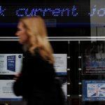 Vương Quốc Anh: Bảng lương của các công ty tăng 197.000 trong tháng 5