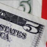 Đồng Đô la tăng giá, nhà đầu tư dự đoán thời điểm Fed bắt đầu thắt chặt