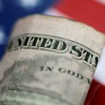 Đồng Đô la tăng cao hơn trước khi Fed công bố quyết định chính sách tiền tệ