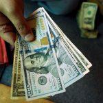 Đồng Đô la tăng giá, trên đà quay trở lại mức của đầu tuần