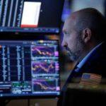 Hợp đồng tương lai Dow Jones giảm 400 điểm